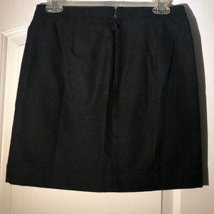 LOFT Skirts - Adorable all cotton mid length skirt